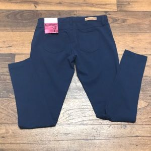 Freestyle Pants - NWT Stretchy skinny pants